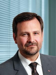 Dr. Thomas Hülshorst, Vice President Electronics and Electrification FEV GmbH